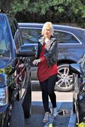 Гвэн Стефани, фото 2191. Gwen Stefani grocery shopping at Whole Foods in LA, november 5, foto 2191