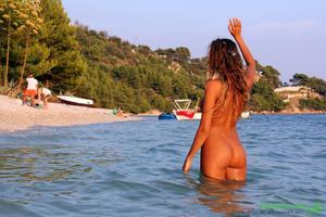 Outdoor-Teens-CLOVER-Nudist-Beach-%28x460%29-p6jncqun45.jpg