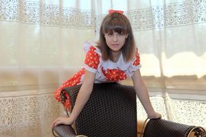 http://img276.imagevenue.com/loc67/th_104959979_tduid300163_Silver_Sandrinya_maid_1_029_122_67lo.JPG